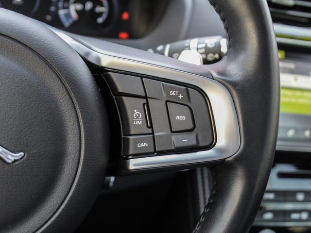 Jaguar F-Pace  V6 3.0D 300ch S 4x4 BVA8