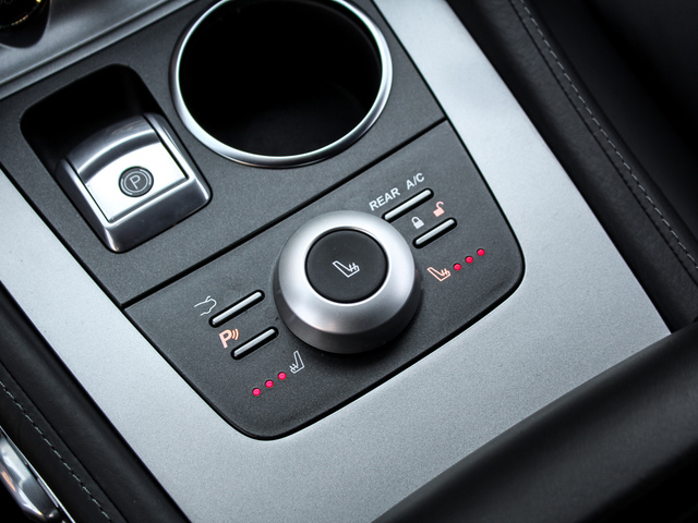 Aston-Martin Rapide  V12 5.9